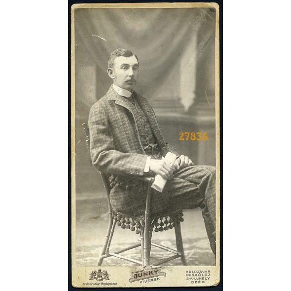 Dunky műterem, Kolozsvár, Erdély, Tornóczky Dezső, elegáns úr portréja, 1900-as évek, Eredeti nagyméretű (!) kabinetfotó.